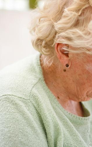 Pensioner (side view) Feminine Woman Adults Female senior Senior citizen Life Head Hair and hairstyles Ear 60 years and older Leisure and hobbies Considerate