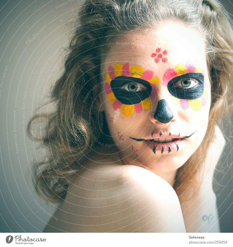 dios de los muertos Hair and hairstyles Skin Cosmetics Make-up Feasts & Celebrations Day of the Dead Human being Feminine Young woman Youth (Young adults) Head