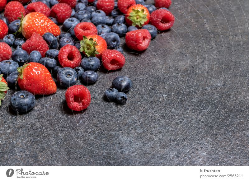 Healthy Eating Food Stone Fruit Fresh To enjoy Delicious Candy Harvest Select Organic produce Cooking Vegetarian diet Mature