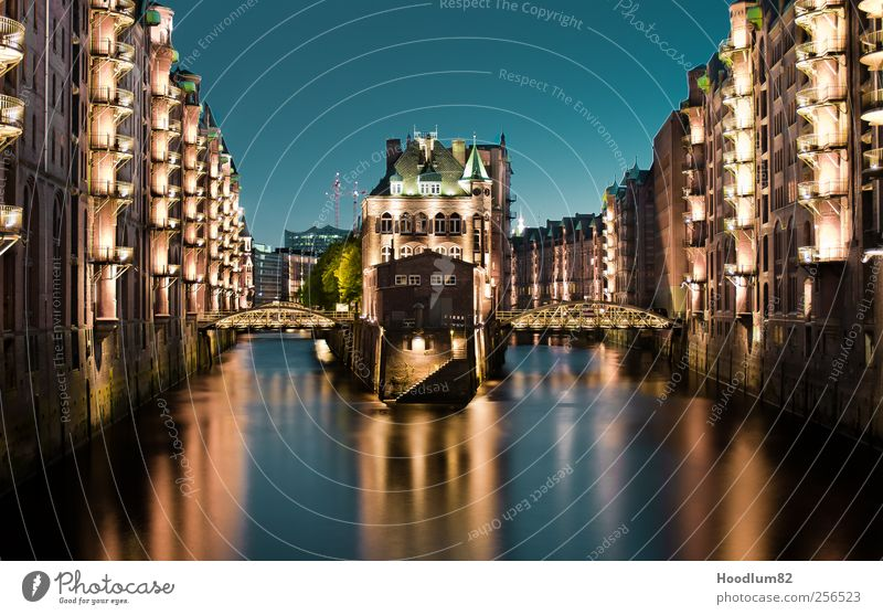 Speicherstadt Hamburg Port City Downtown Old town House (Residential Structure) Bridge Manmade structures Building Architecture Facade Tourist Attraction