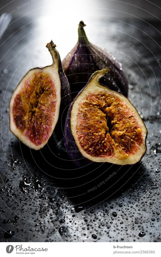 Healthy Eating Dark Black Exceptional Stone Fruit Fresh To enjoy Drops of water Select Organic produce Vegetarian diet Aggression Half