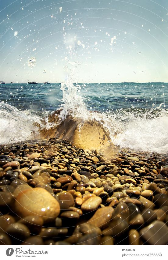 Nature Water Vacation & Travel Ocean Summer Beach Relaxation Life Landscape Coast Waves Rock Wet Natural Fresh Drops of water