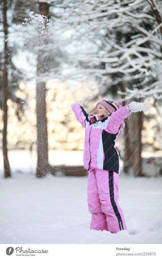 snowy Healthy Leisure and hobbies Playing Winter Snow Winter vacation Garden Girl Infancy Arm 1 Human being 3 - 8 years Child Climate change Forest Pants Jacket