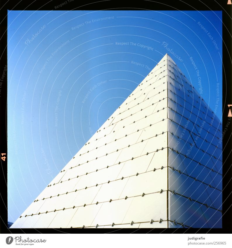 Sky Blue House (Residential Structure) Architecture Building Glass Point Manmade structures Cloudless sky Pyramid