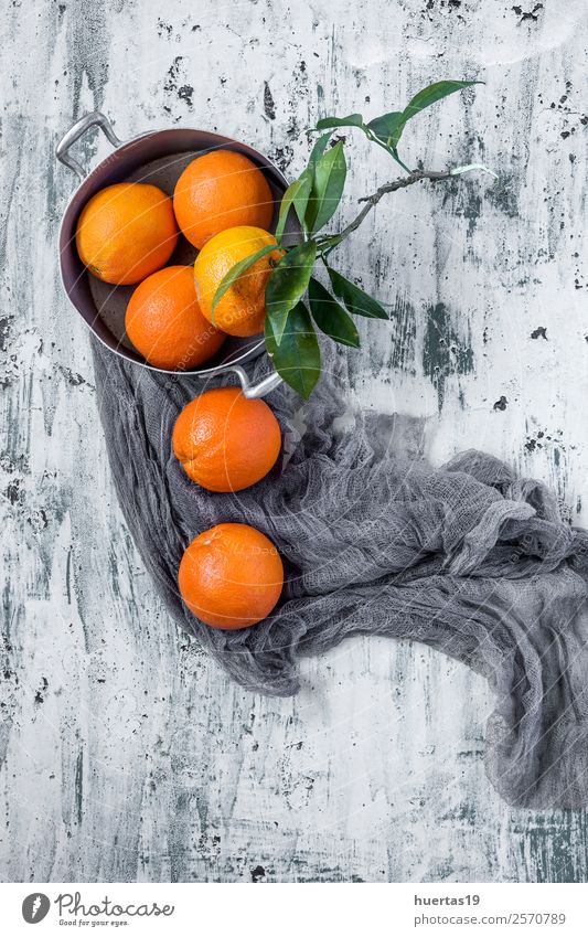 Oranges on light backgroundwith Green Food Natural Copy Space Fruit Nutrition Fresh Delicious Beverage Drinking Breakfast Organic produce Diet Vegetarian diet