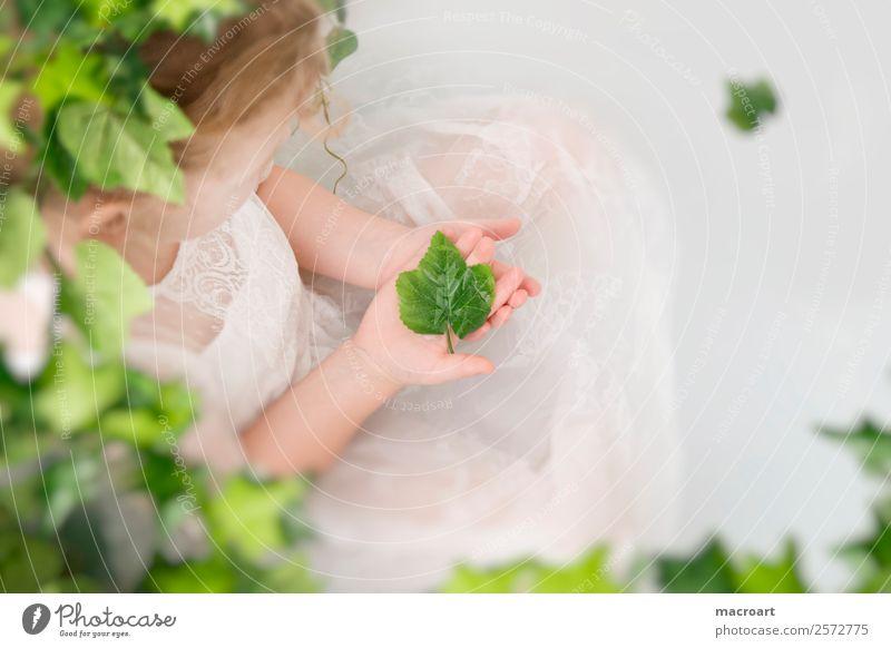 milk bath shooting Bathtub when shooting Ivy Leaf Toddler Girl Delicate Fairy Child Feminine lace dress Dress Tendril Green Plant Photo shoot