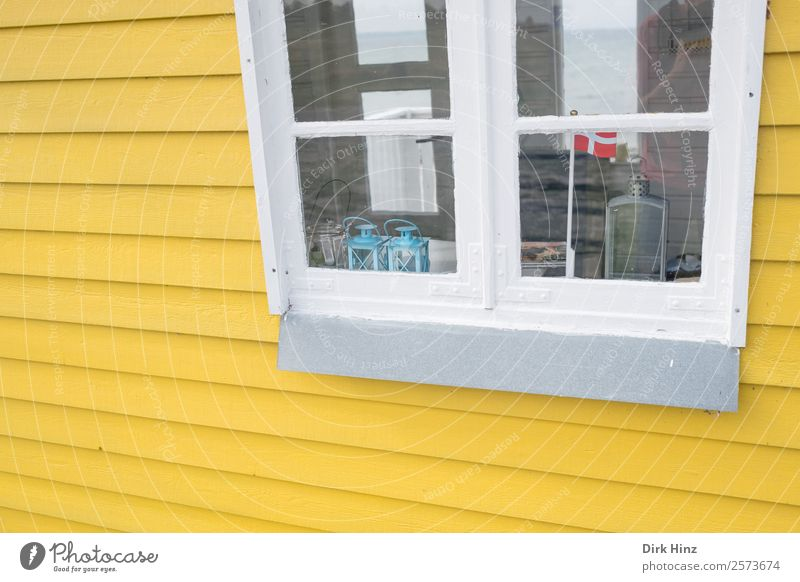 House (Residential Structure) Window Yellow Wall (building) Building Wall (barrier) Facade Decoration Cute Manmade structures Flag Hut Scandinavia Wooden house