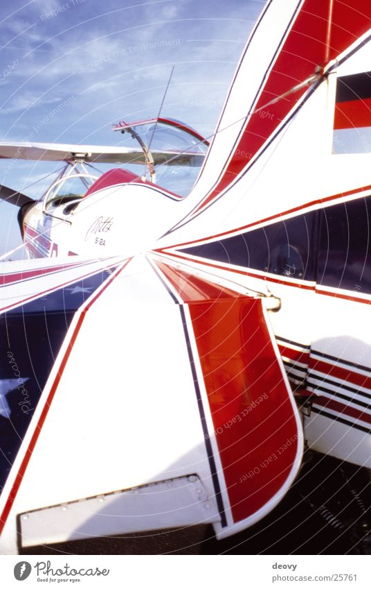 Sky Blue Red Air Airplane Flying Aviation Leisure and hobbies Wing Middle Aerobatics