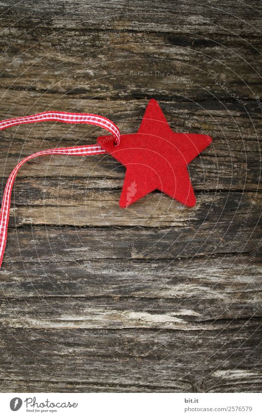 red felt star with red ribbon, on wood Living or residing Feasts & Celebrations Christmas & Advent New Year's Eve Decoration Sign Brown Red Christmas tree