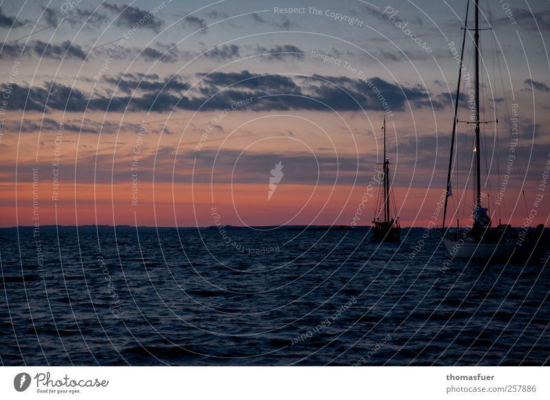 Sky Nature Red Vacation & Travel Ocean Summer Clouds Black Dark Moody Waves Horizon Wind Gold Wait Beginning