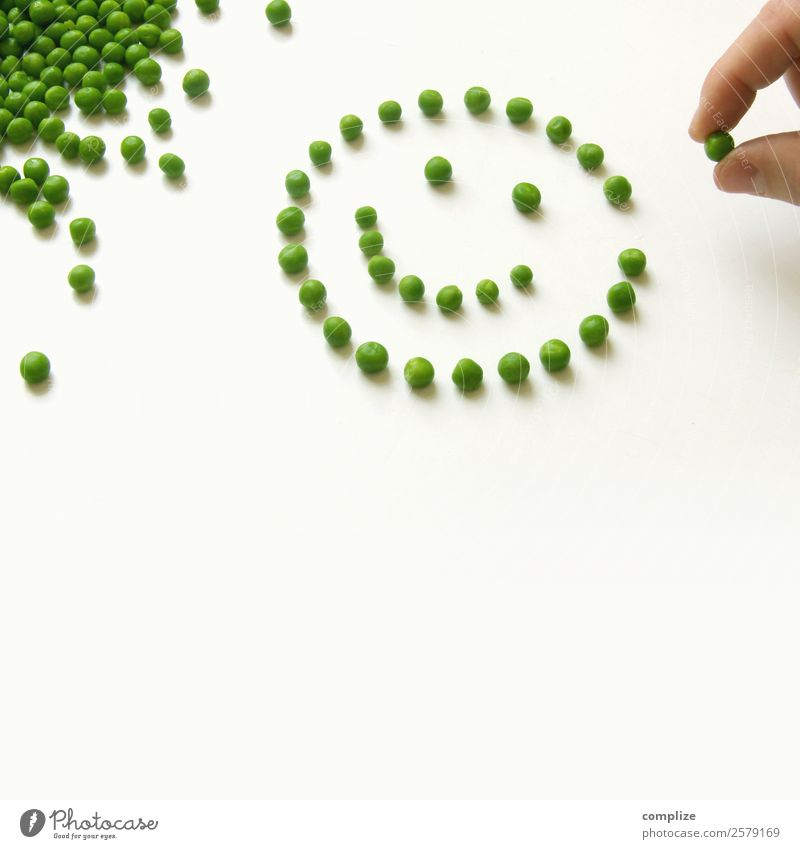 Smiling Peas Food Vegetable Nutrition Eating Organic produce Vegetarian diet Diet Face Healthy Eating Playing Parenting School Hand Many Optimism Things Dish