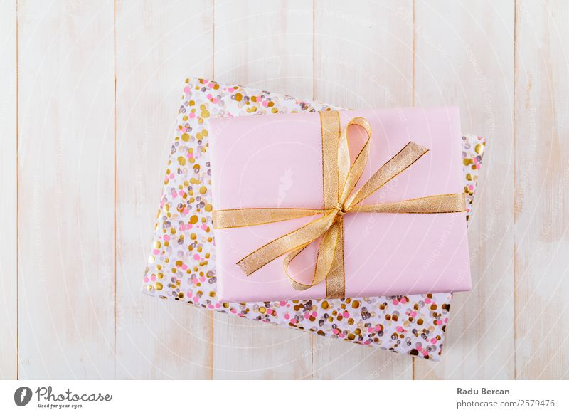 Pink Gift Box On Wood Boards Christmas & Advent Colour White Joy Lifestyle Love Style Feasts & Celebrations Design Decoration Elegant Birthday To enjoy Shopping