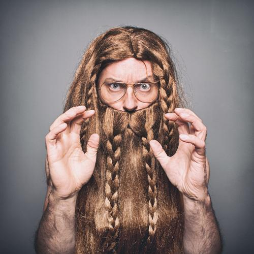 Wiki of the Vikings Human being Masculine Young man Youth (Young adults) Man Adults 1 30 - 45 years Blonde Red-haired Long-haired Wig Beard Hair Communicate
