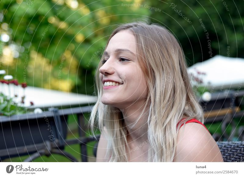 Woman Youth (Young adults) Young woman Summer Beautiful Tree Relaxation Joy Lifestyle Adults Laughter Happy Tourism Contentment Leisure and hobbies Park