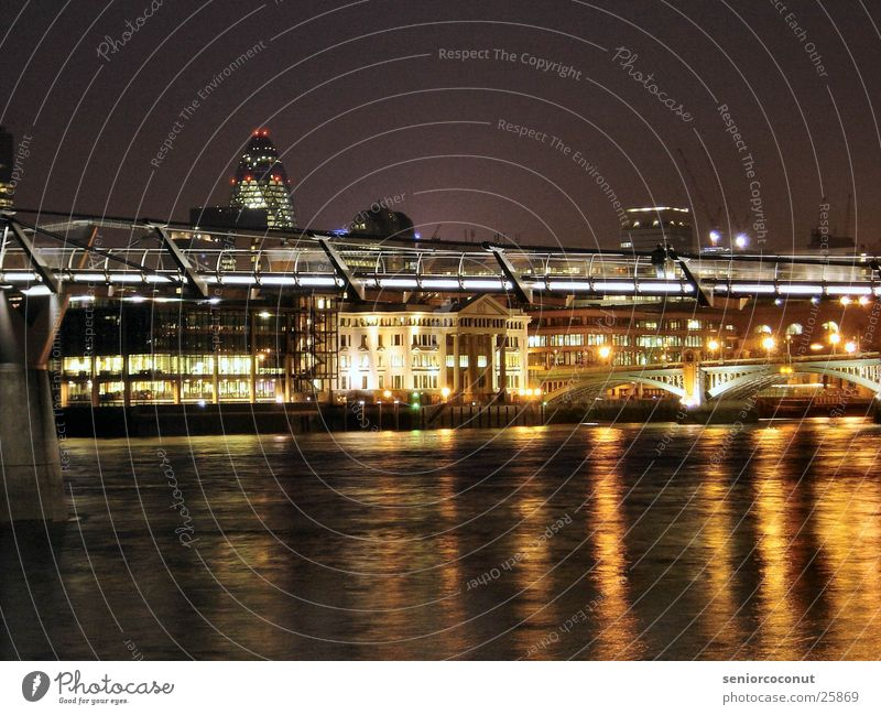 London - Millenium Bridge Night Light Europe River Thames Water