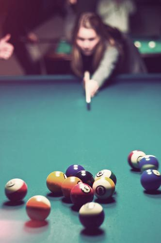 billiard Leisure and hobbies Pool (game) Going out Hair and hairstyles Playing Dark Joy Joie de vivre (Vitality) Cool (slang) Friendship Queue Bar Roadhouse