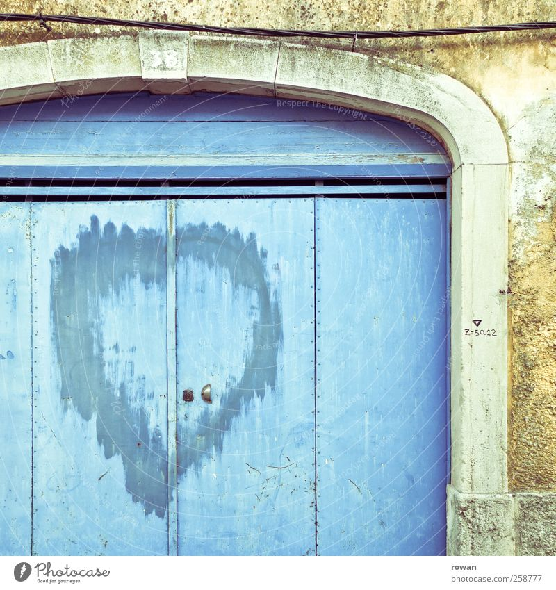 Blue City Loneliness House (Residential Structure) Love Graffiti Wall (building) Wall (barrier) Sadness Building Door Facade Heart Gloomy Romance Cleaning