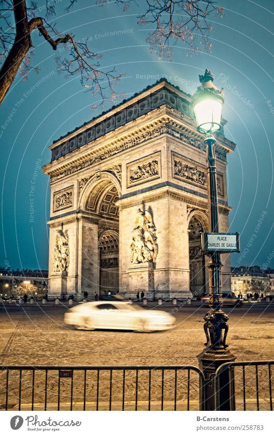 Arc de Triomphe Paris II Capital city Tourist Attraction Monument Public transit Road traffic Motoring Crossroads Car Famousness Historic Blue Culture