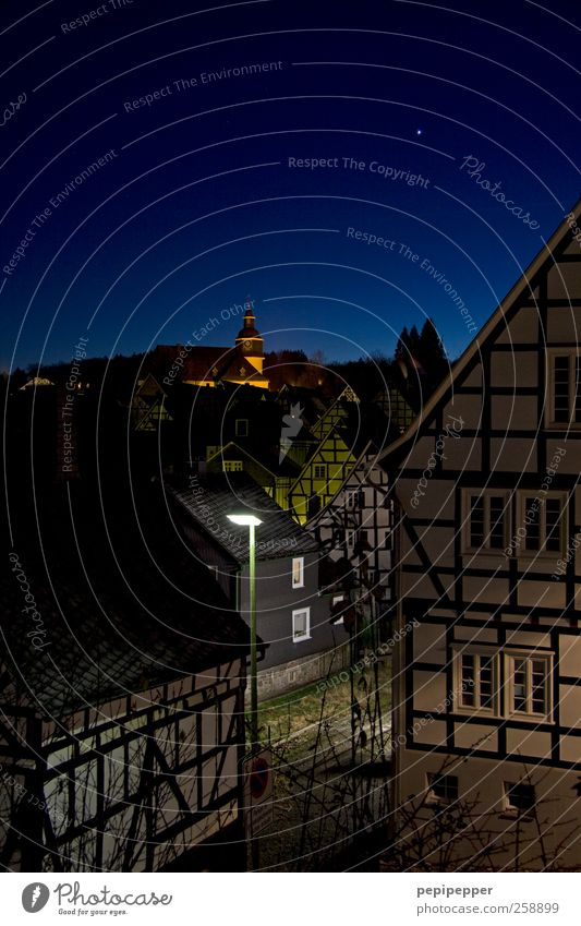 idyllic Tourism Cloudless sky Night sky Horizon Beautiful weather Village Small Town Old town House (Residential Structure) Detached house Church Wall (barrier)