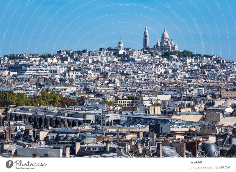 View of the Basilica Sacre-Coeur in Paris, France Relaxation Vacation & Travel Tourism City trip House (Residential Structure) Clouds Autumn Town Capital city