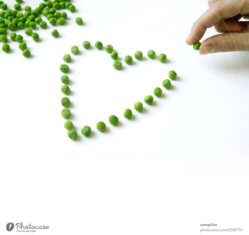 I Love vegetables Valentine's Day Human being Hand Heart Peas 1 Person Arrange Dish Landscape format Healthy Eating Vegetable Heart-shaped Cooking Like Kitchen