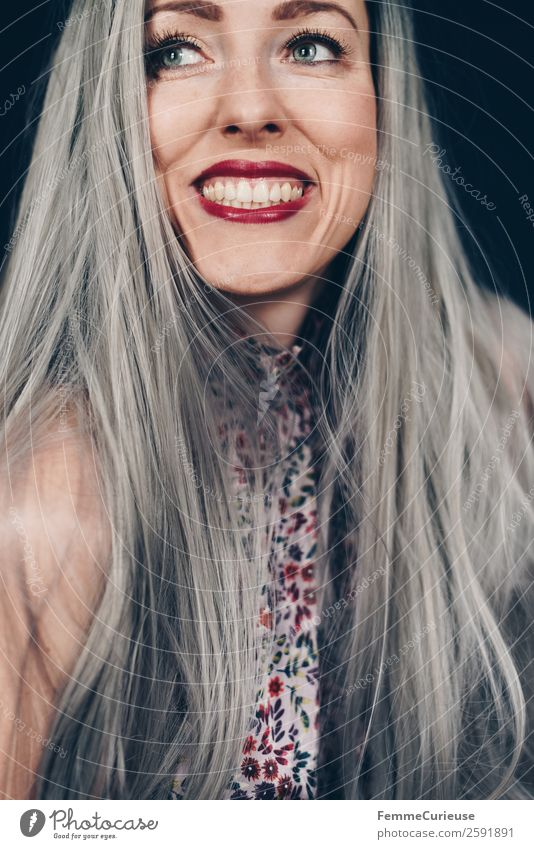 Woman with grey dyed hair Elegant Style Feminine Adults 1 Human being 18 - 30 years Youth (Young adults) 30 - 45 years Self-confident Colour Gray-haired