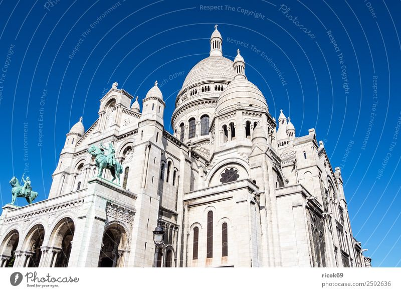 View of the Basilica Sacre-Coeur in Paris, France Relaxation Vacation & Travel Tourism City trip Mountain House (Residential Structure) Sculpture Clouds Autumn