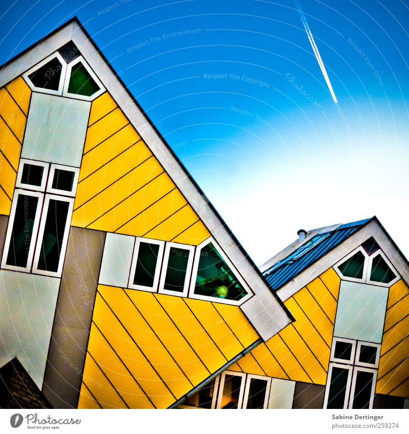 City Yellow Life Window Wall (building) Architecture Wall (barrier) Facade Airplane Esthetic Manmade structures Whimsical Bizarre Sharp-edged Apartment Building