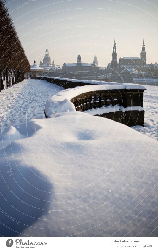 dresden goes snow Museum Architecture Opera house Nature Landscape Sky Sun Winter River Dresden Downtown Church Castle Park Wall (barrier) Wall (building)