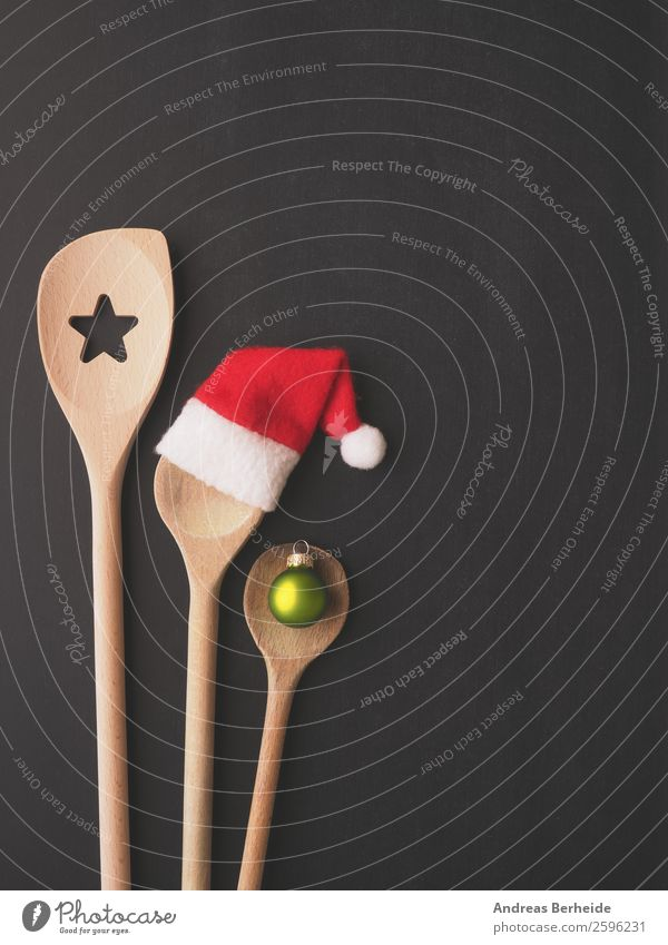 Three cooking spoons with Christmas decoration Banquet Spoon Style Winter Restaurant Christmas & Advent Blackboard Hat Cap Wooden spoon Joy Background picture