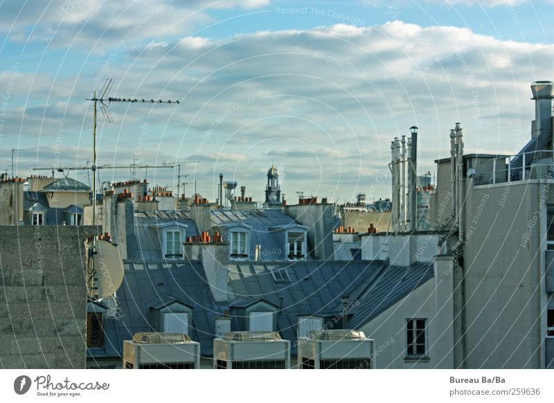 Blue City Clouds House (Residential Structure) Window Roof Paris Vantage point France Downtown Chimney Capital city Antenna