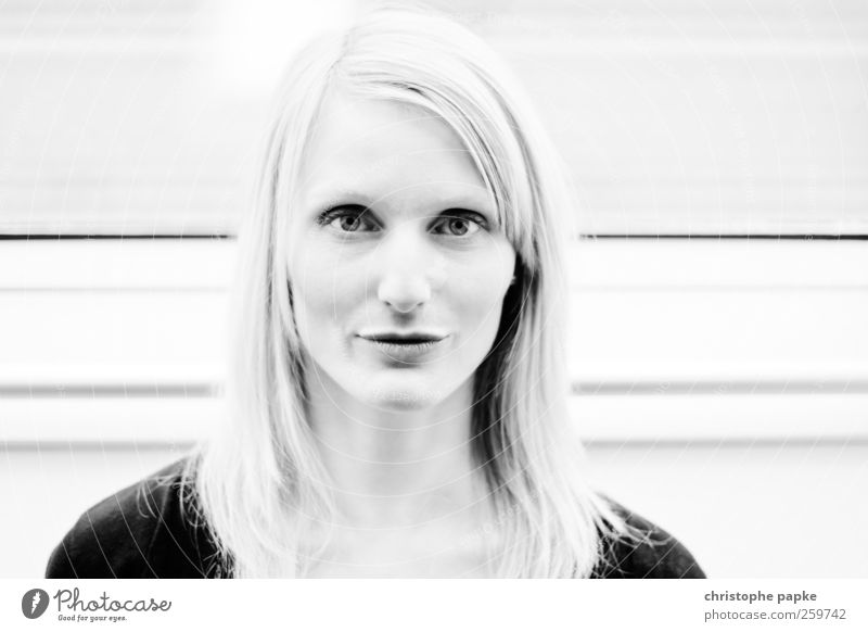 Miriam Human being Feminine Young woman Youth (Young adults) Face 1 18 - 30 years Adults Looking Beautiful Self-confident Pride Black & white photo