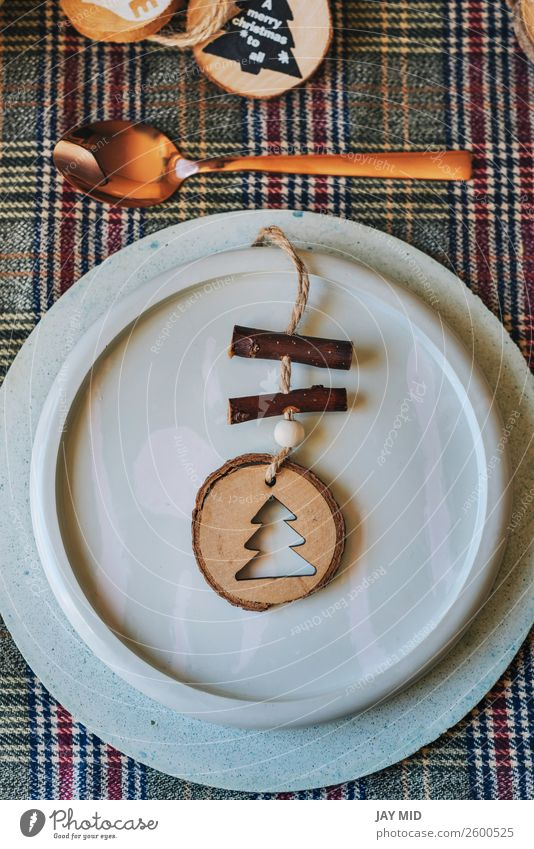 Christmas copper table setting decorated with wooden ornaments Dinner Plate Happy Decoration Table Restaurant Feasts & Celebrations Thanksgiving
