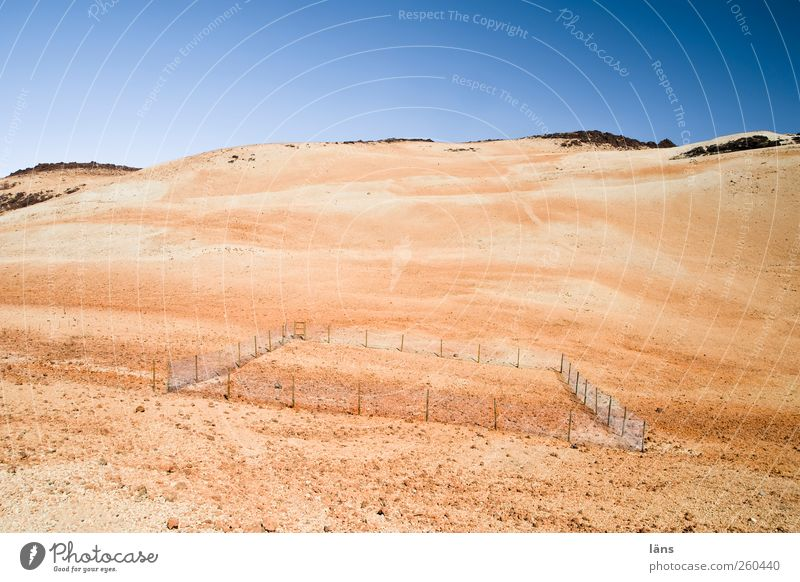 3.2.1...m.ei.ns Environment Nature Landscape Elements Earth Sand Sky Cloudless sky Beautiful weather Mountain Volcano Bans Far-off places Fence Border Badlands