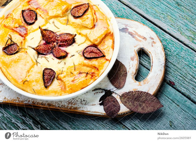 Italian focaccia with figs fruit cake sweet pie dessert autumn food homemade cottage cheese delicious fresh baked bakery sugar berry tart summer plate cuisine
