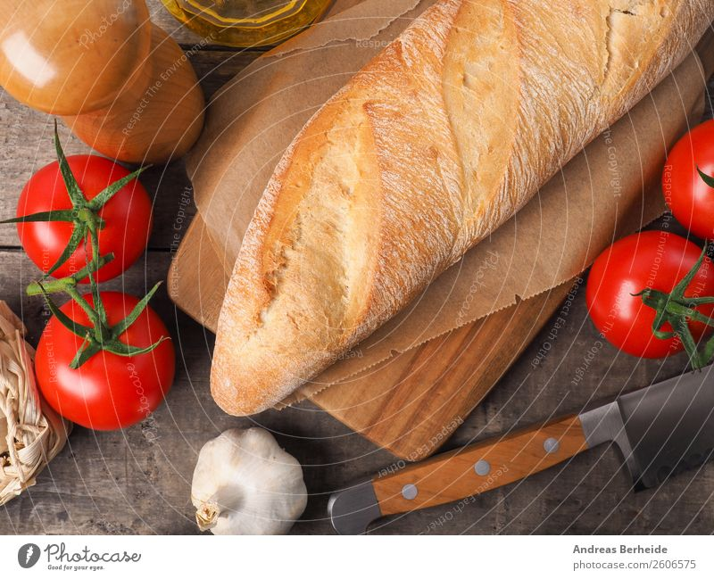 Rustic baguette with spices and fresh tomatoes Bread Roll Herbs and spices Lunch Organic produce Vegetarian diet Healthy Eating Delicious Background picture