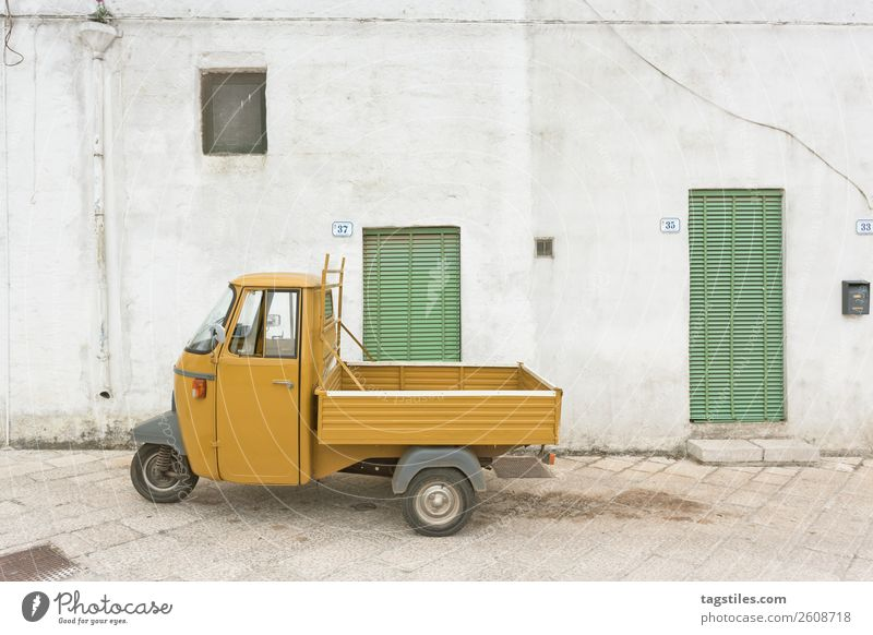 Specchia, Apulia - An old historic three wheeler Car City Cobblestones Colour Design Europe Fishing village Historic Italy Lanes & trails Alley Lattice window