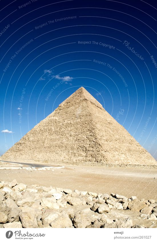 ^ Environment Nature Earth Sand Sky Sky only Warmth Drought Desert Exceptional Historic Blue Uniqueness wonder of the world Giza Pyramid Egypt Culture