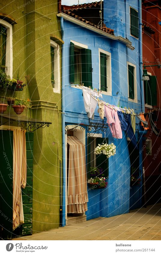 Vacation & Travel Summer House (Residential Structure) Window Wall (building) Architecture Wall (barrier) Door Facade Trip Tourism Italy Burano