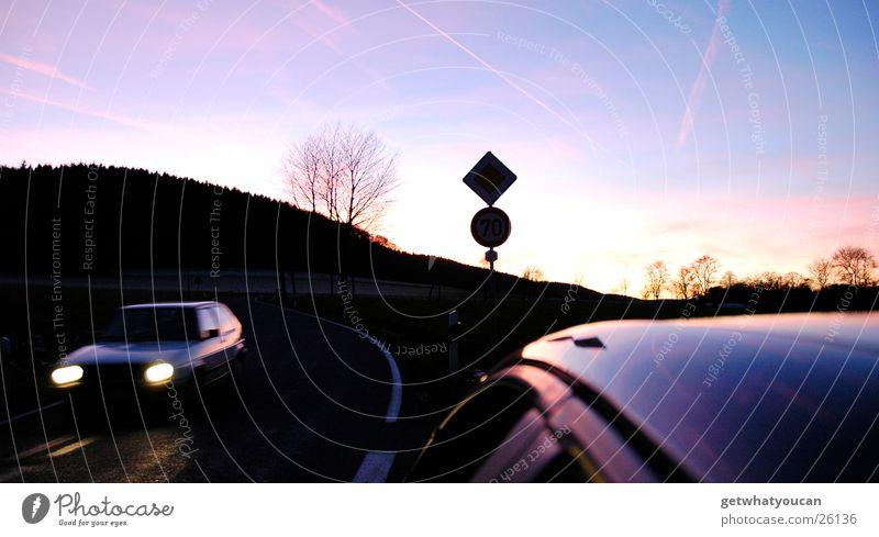 Sky Beautiful Tree Sun Colour Dark Street Cold Warmth Car Signs and labeling Transport Speed Roof Driving Physics