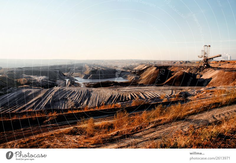 Opencast lignite mine in the Leipzig area Soft coal mining Slagheap Refuse tip Lake Energy industry Technology Electricity generating station