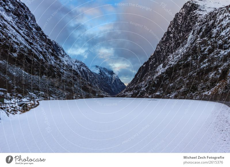 beautiful Frozen lake in a winter wonderland in norway Design Vacation & Travel Tourism Snow Mountain Hiking Decoration Art Nature Lake Old Dirty Gray Black