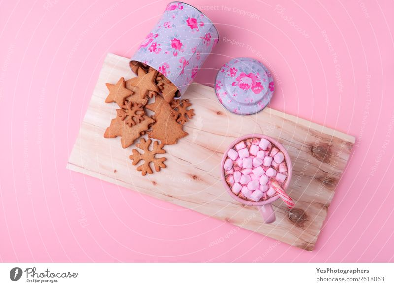 American winter sweets on a pink background Christmas & Advent Winter Lifestyle Feasts & Celebrations Small Copy Space Pink Leisure and hobbies Beverage