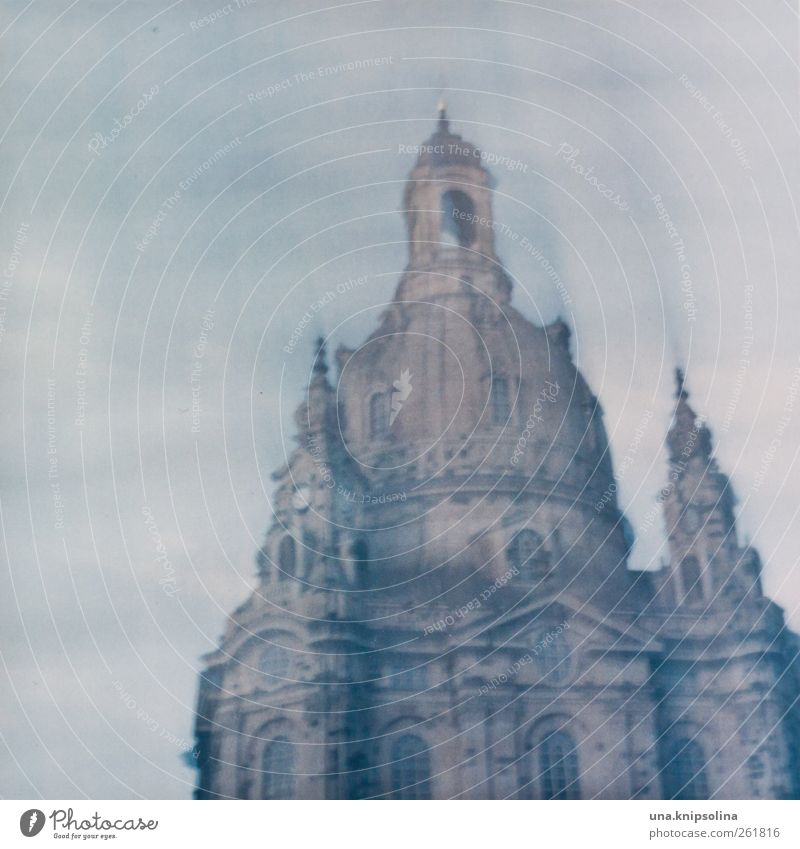 ..48 hours Dresden Town Old town Church Manmade structures Architecture Tourist Attraction Landmark Monument Frauenkirche Stone Gigantic Movement Eternity