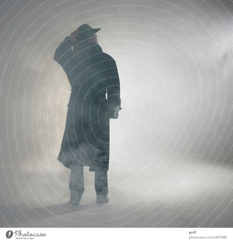 Human being Loneliness Adults Fog Wait Action Stand Posture Observe Idyll Individual Simple Mysterious Trust Hat Serene