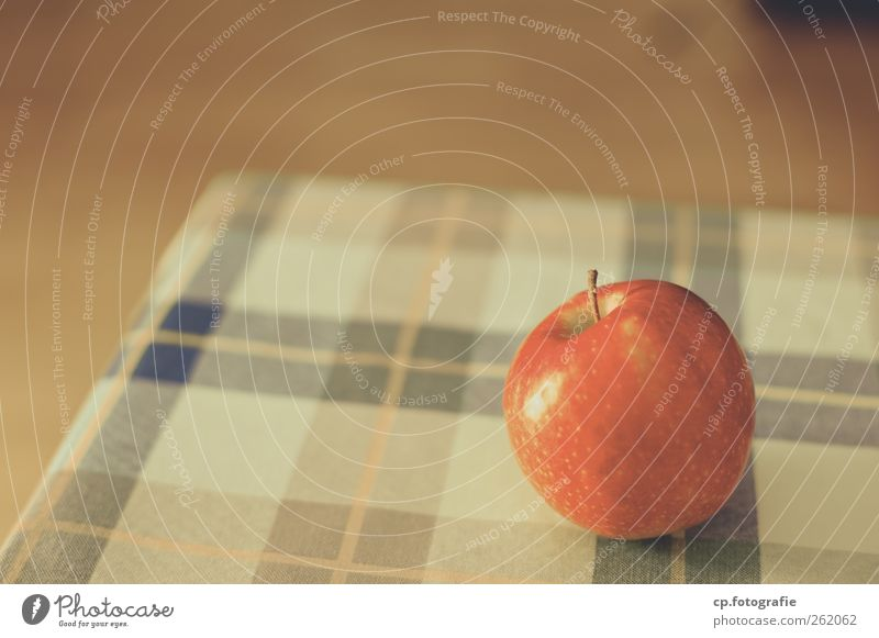 Apple_Day One Fruit Vegetarian diet Diet Style Table Tablecloth Fragrance Town Colour photo Artificial light Shallow depth of field