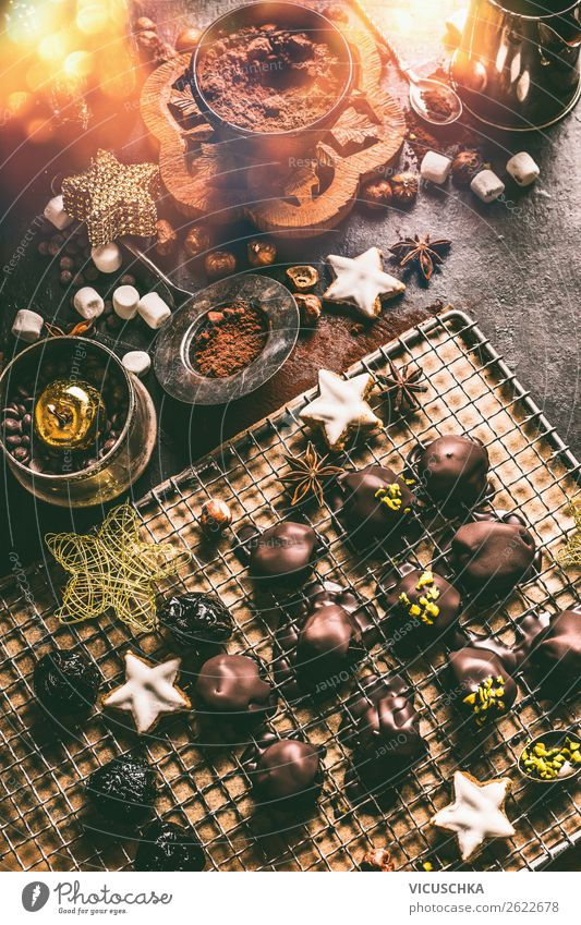 Homemade chocolate praline for Christmas Candy Chocolate Nutrition Banquet Crockery Shopping Style Design Winter Living or residing Decoration