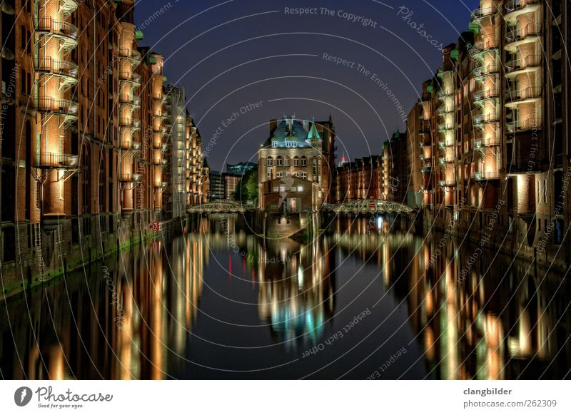 City Vacation & Travel Architecture Trip Downtown Tourist Attraction Sightseeing City trip