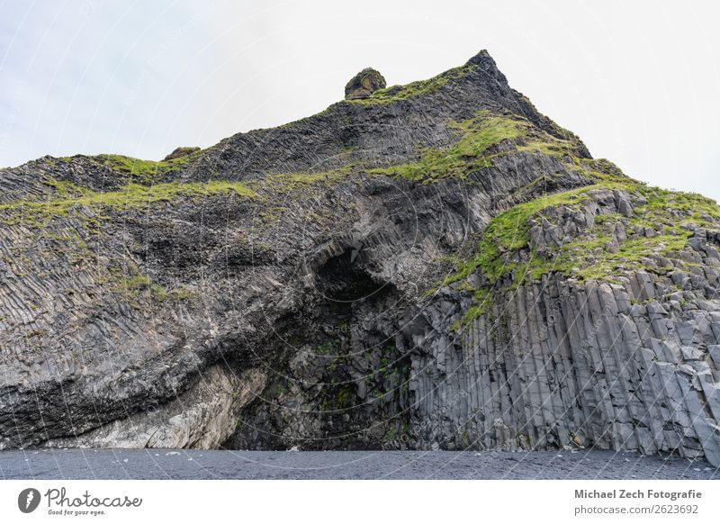 strange stone structures on the black beach reynisfjara Beautiful Vacation & Travel Trip Adventure Sightseeing Beach Nature Landscape Sand Rock Coast Stone