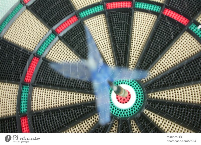 HOLES Darts Playing Strike Target Photographic technology Arrow